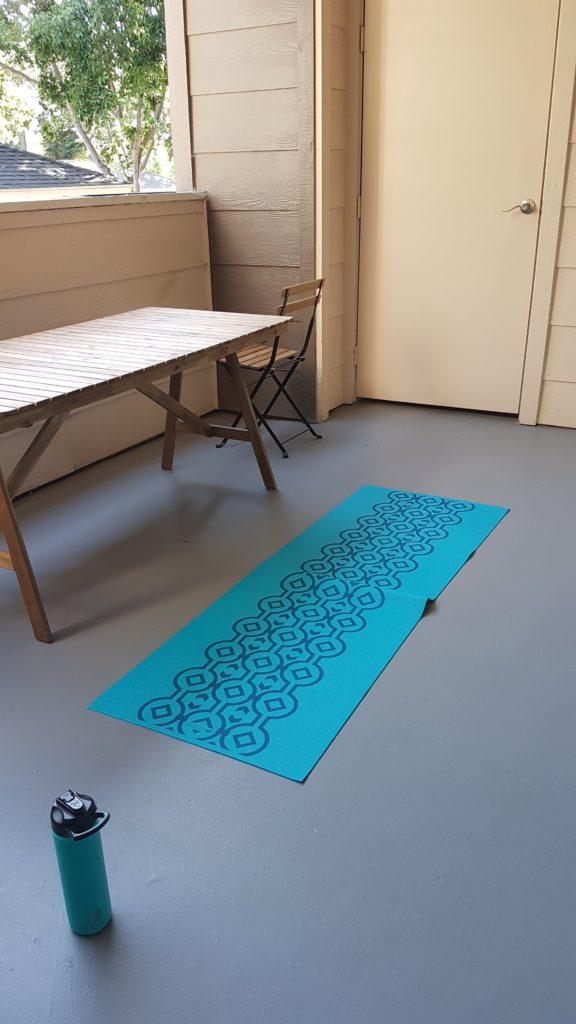 tapis de yoga - cardio pour réguler le stress